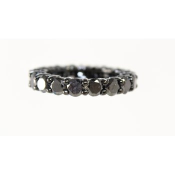 14 Kt White Gold Black Diamond Band