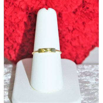 14kt Yellow Gold Bar Fashion Ring