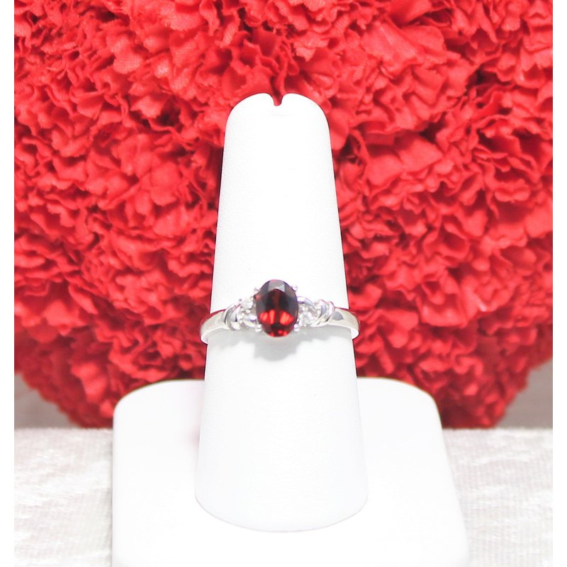 The Diamond Shop 14kt White Gold Garnet and Diamond Ring