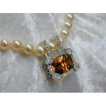 Citrine and Diamond Pearl Enhancer