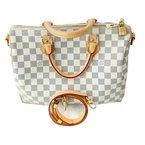 Pre-Owned Luxury Handbags Louis Vuitton Speedy 35 Damier Azure