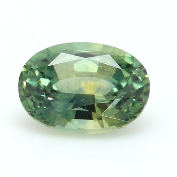 One Oval Sapphire, Corundum Lo
