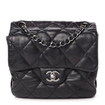 Chanel Flab Black