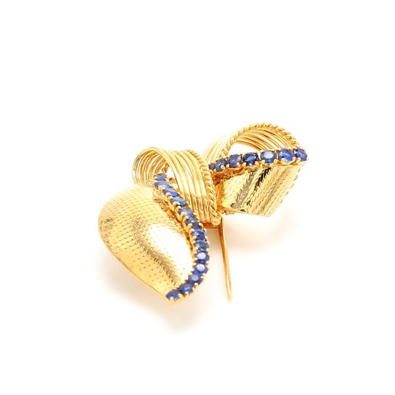 Estate Sapphire Pin