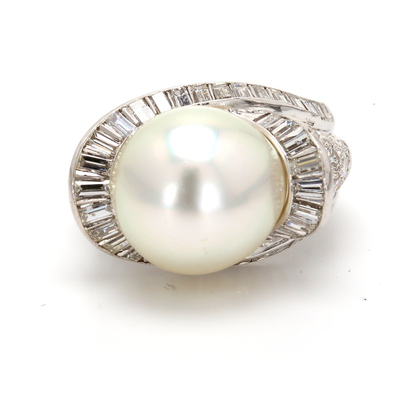Estate Halo White South Sea Pearl Ring