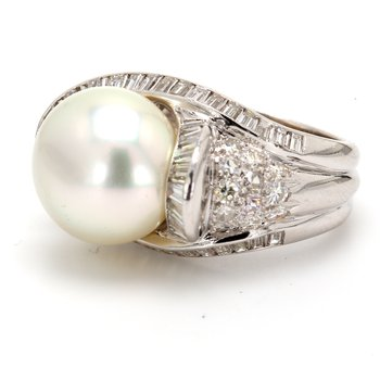 Halo White South Sea Pearl Ring