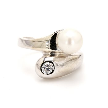 Bypass Freshwater Pearl Ring