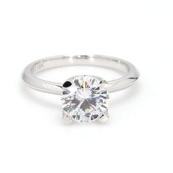 18 Karat Gold Engagement Ring Mounting