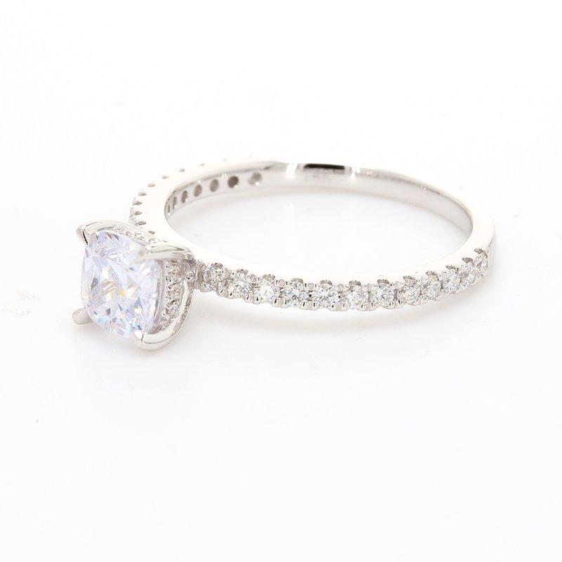 Classique Solitaire with Diamonds