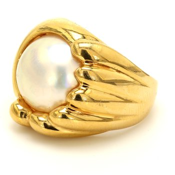 Solitaire Mabe Pearl Ring