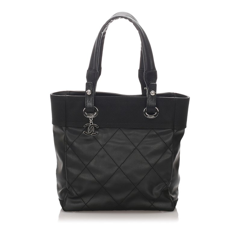 Pre-Owned Luxury Handbags Channel Paris Biarritz Tote