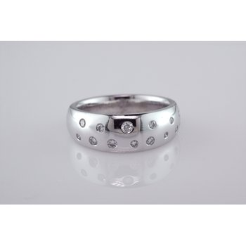 Custom Ring with Flush Set Diamonds