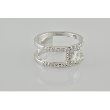 Custom Ladies Diamond Fashion Ring