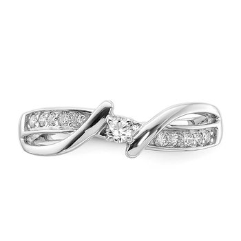 sterling silver and diamond .17ctw promise ring