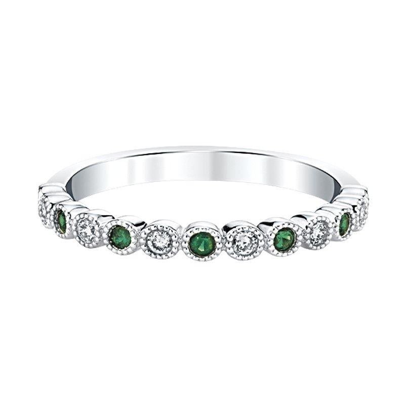 Greenberg's 14k white gold emerald birthstone ring