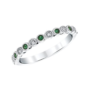 14k white gold emerald birthstone ring