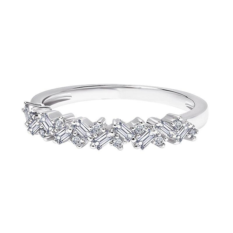 Greenberg's 14k white gold 1/4ctw baguette ring