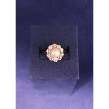 Vintage Pearl & Diamond Ring