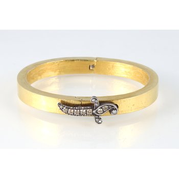 Dagger Clasp Bangle