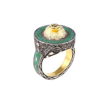 Daisy Ring Size 7 1/2