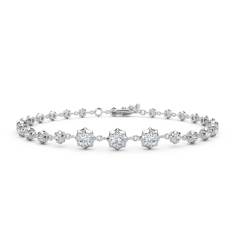 Jade Trau Sophisticated Line Bracelet