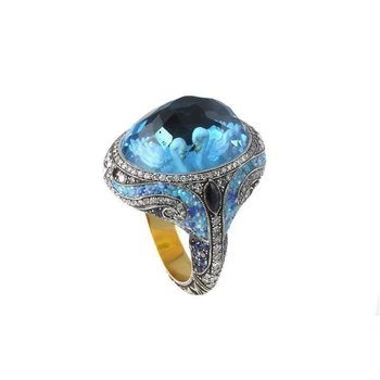 Swans Ring Size 8