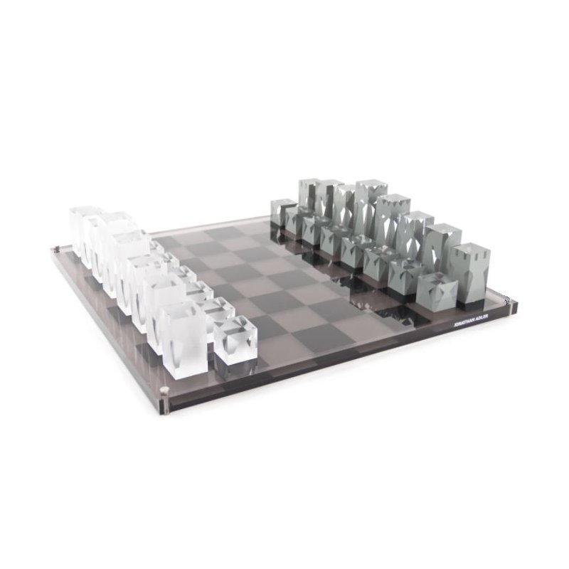 JONATHAN ADLER White & Black Chess Set Game