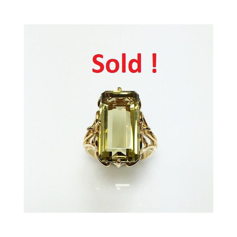 VandenDool Estate Jewellery Lady's Greened Amethyst Ring