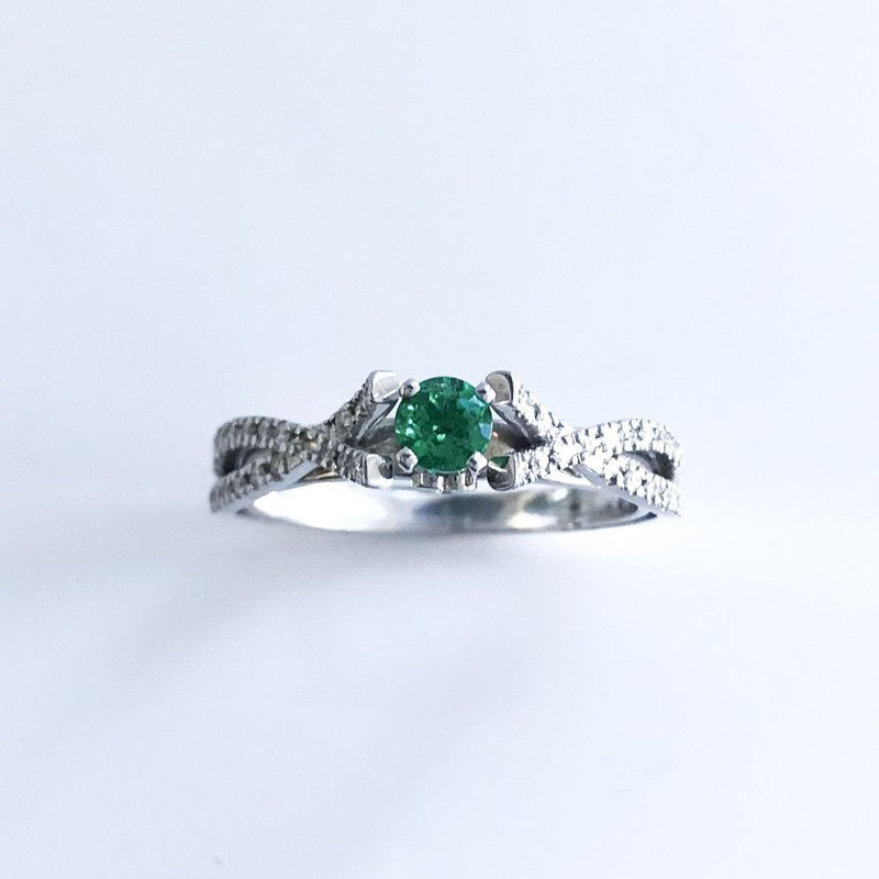HJ Gemstone Collection Custom Emerald & Diamond Ring