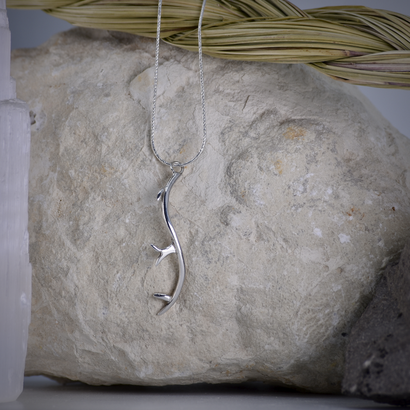 "Sapling & Flint Deer Antler Necklace (20"")"