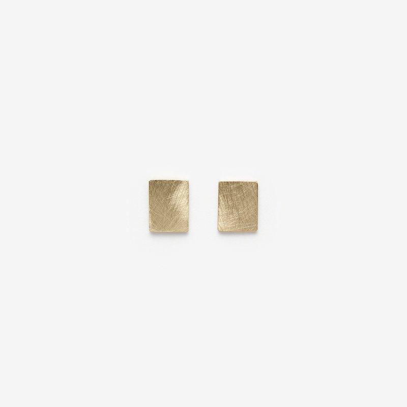 Pilar Agueci Gold Chip Stud Earrings