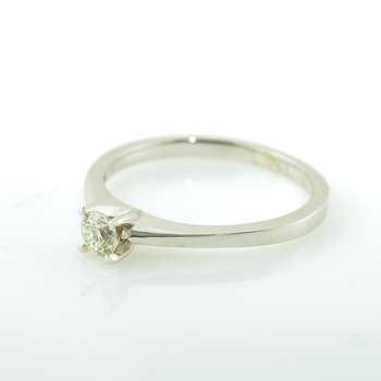 0.20CT Solitaire Engagement Ring