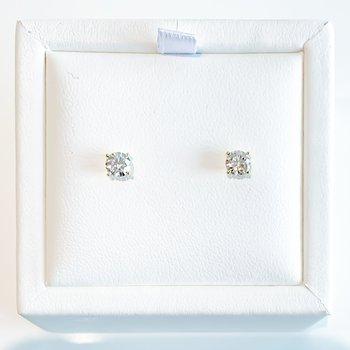 0.75CT TW Lab Grown Diamond Stud Earrings