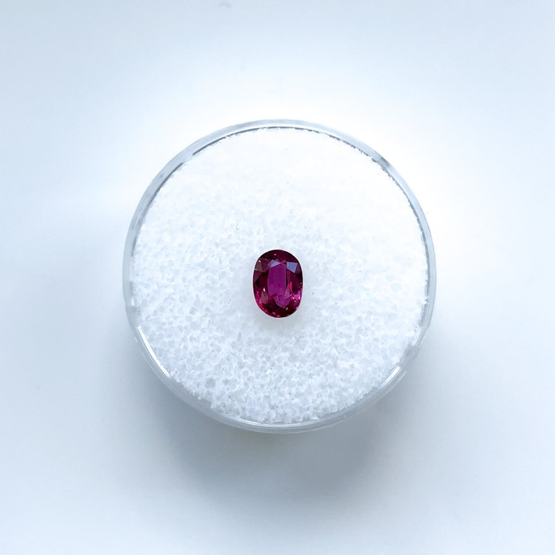 HJ Gemstone Collection 0.75ct Loose Oval Ruby Gemstone