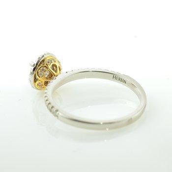 Signature Series Canadian Diamond Halo Engagement Ring