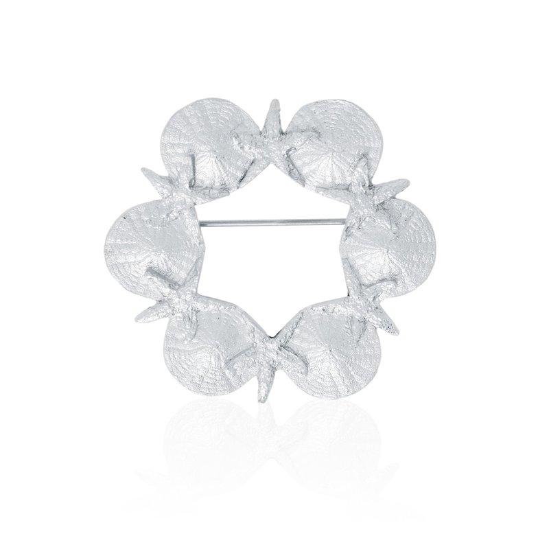 Amos Pewter Sea Wreath Pin