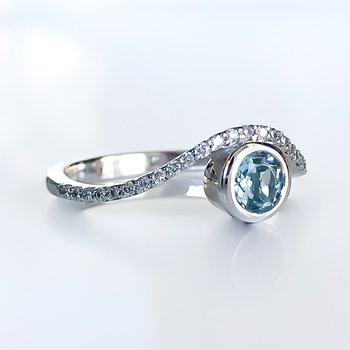 Bezel Set Aquamarine & Diamond Ring