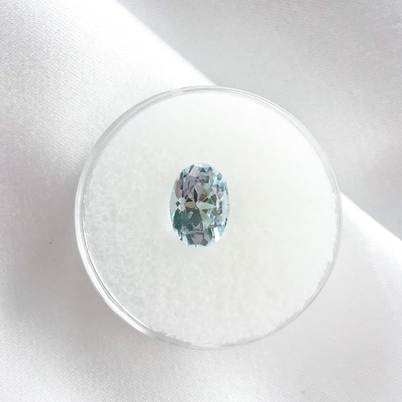 HJ Gemstone Collection 1.82CT Loose Oval Aquamarine Gemstone