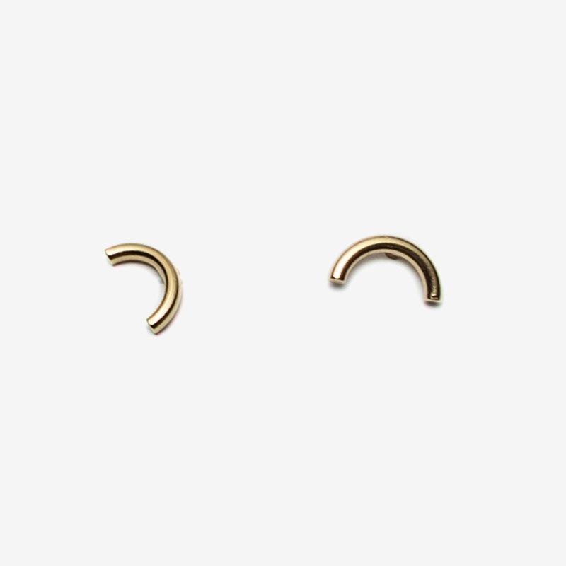 Pilar Agueci Gold Curve Stud Earrings