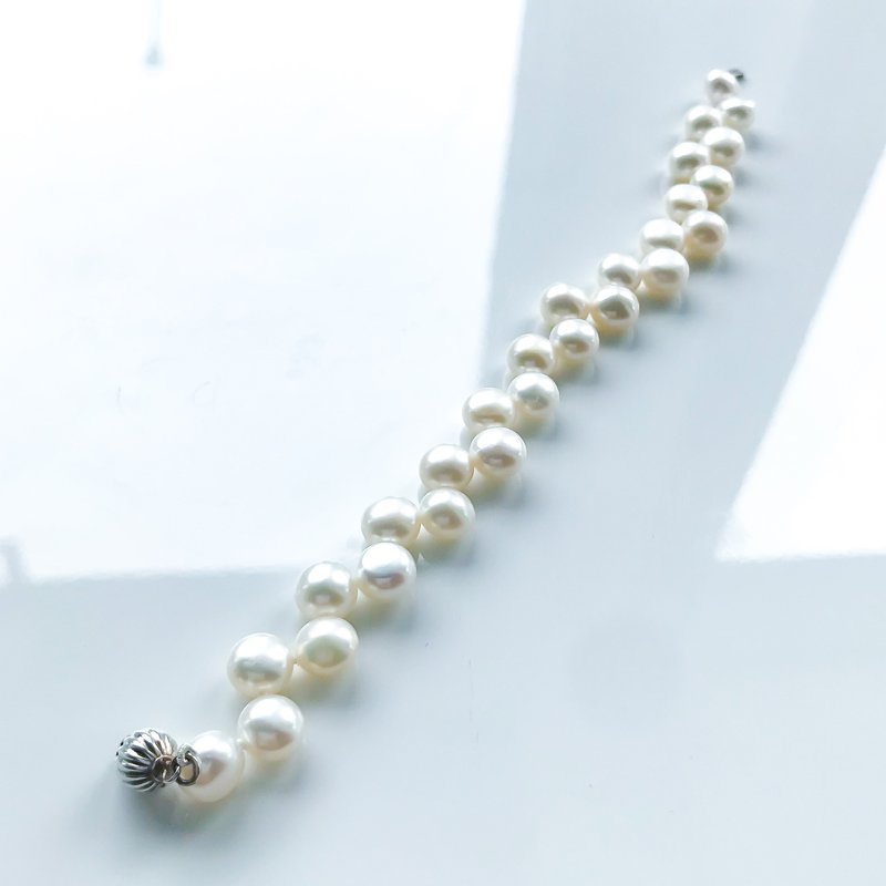 HJ Pearl Collection Freshwater Cushion Pearl Bracelet (7.5-8mm)