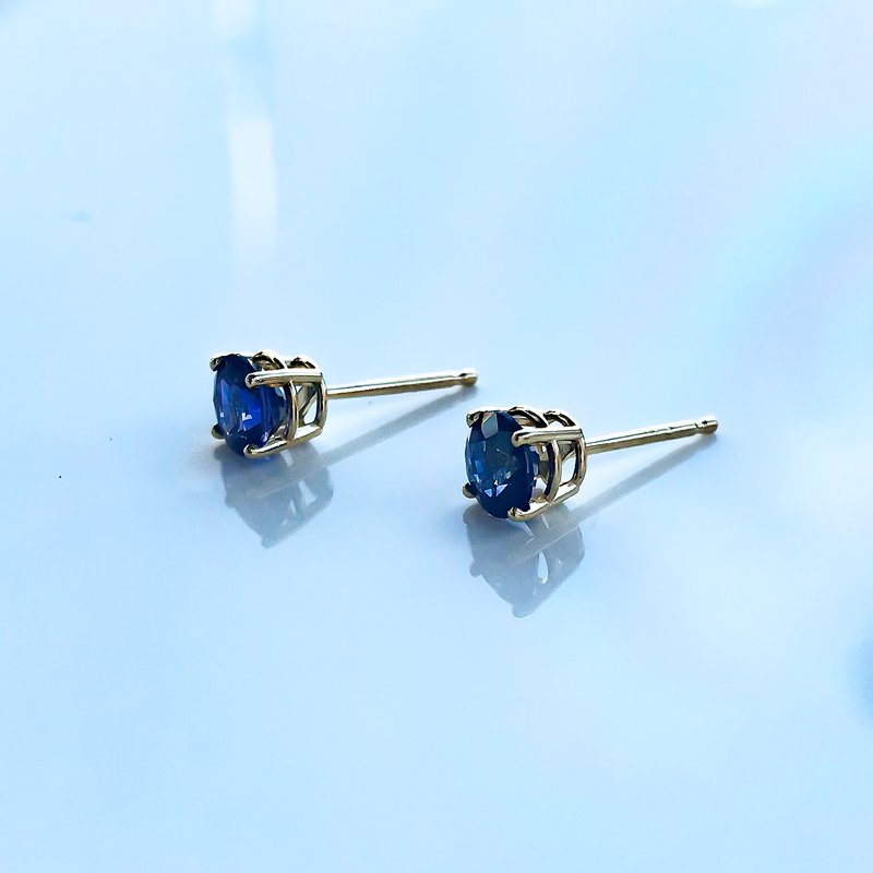 HJ Gemstone Collection 1.08CT TW Custom Yellow Gold Sapphire Earrings