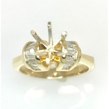 14kt Yellow Gold Ring with Curves of Baguette Diamonds