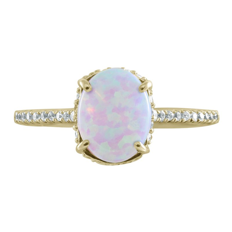 Yellow Gold Ring With Stunning Opal and Diamonds