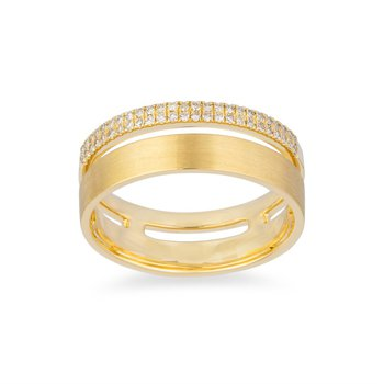 14 Karat Yellow Gold Satin Diamond Ring