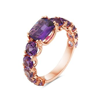 14 Karat Rose Gold Ring with Various Shades of Amethyst
