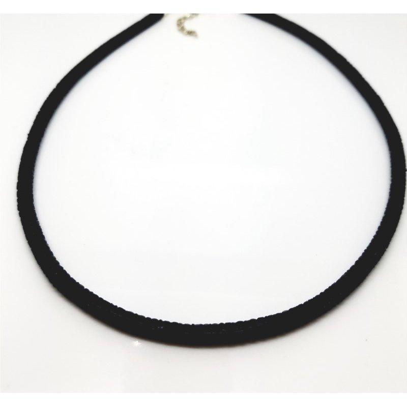 Black Stingray Necklace