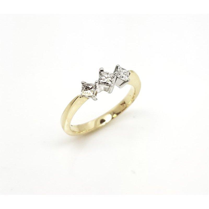 Yellow Gold ring withThree  Princess cut diamonds