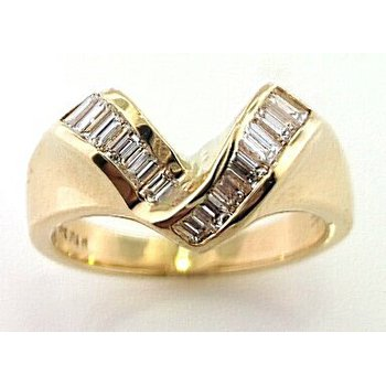 Yellow Gold Chevron Baguette Diamond Ring