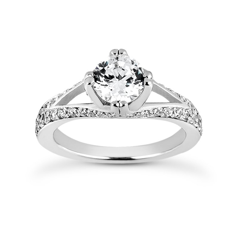 Engagement ring with fancy split shank Mounting