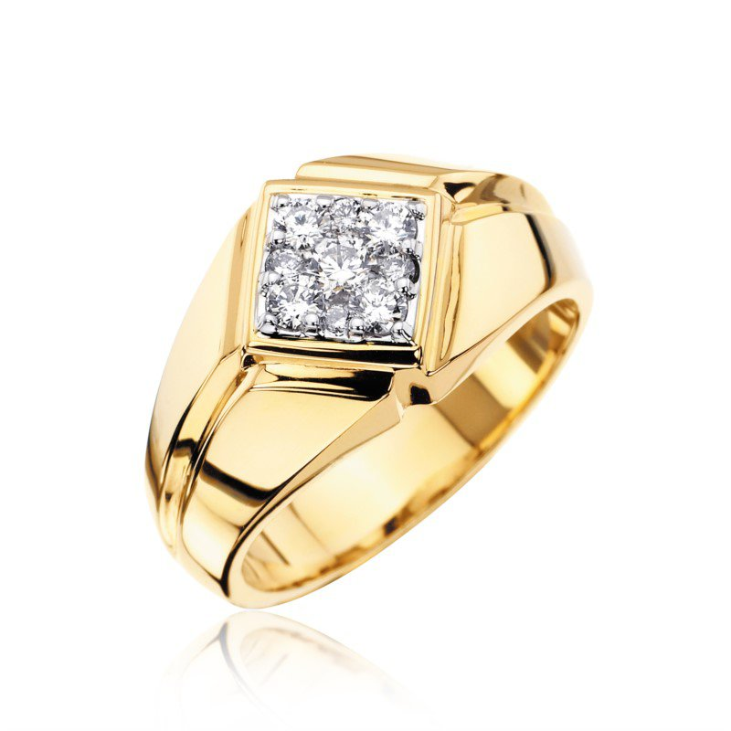 Yellow Gold Diamond Clluster Ring